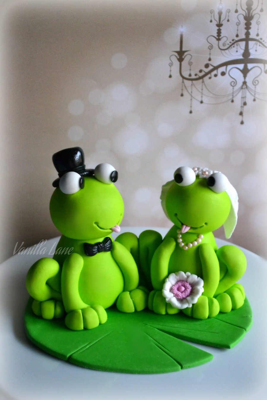 frog wedding cake toppers my second and groom figurines i had in the same 4380