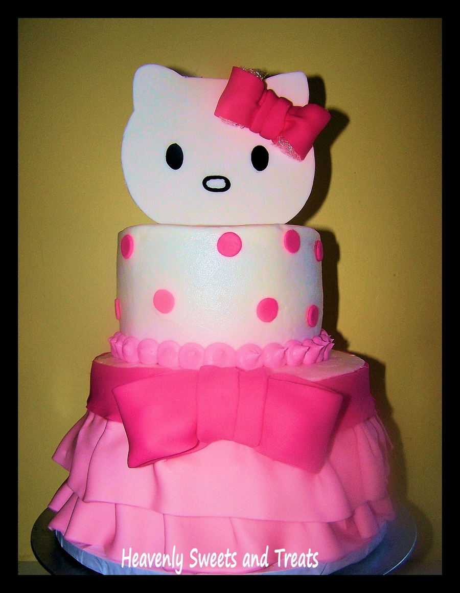 Kayleigh's Hello Kitty on Cake Central