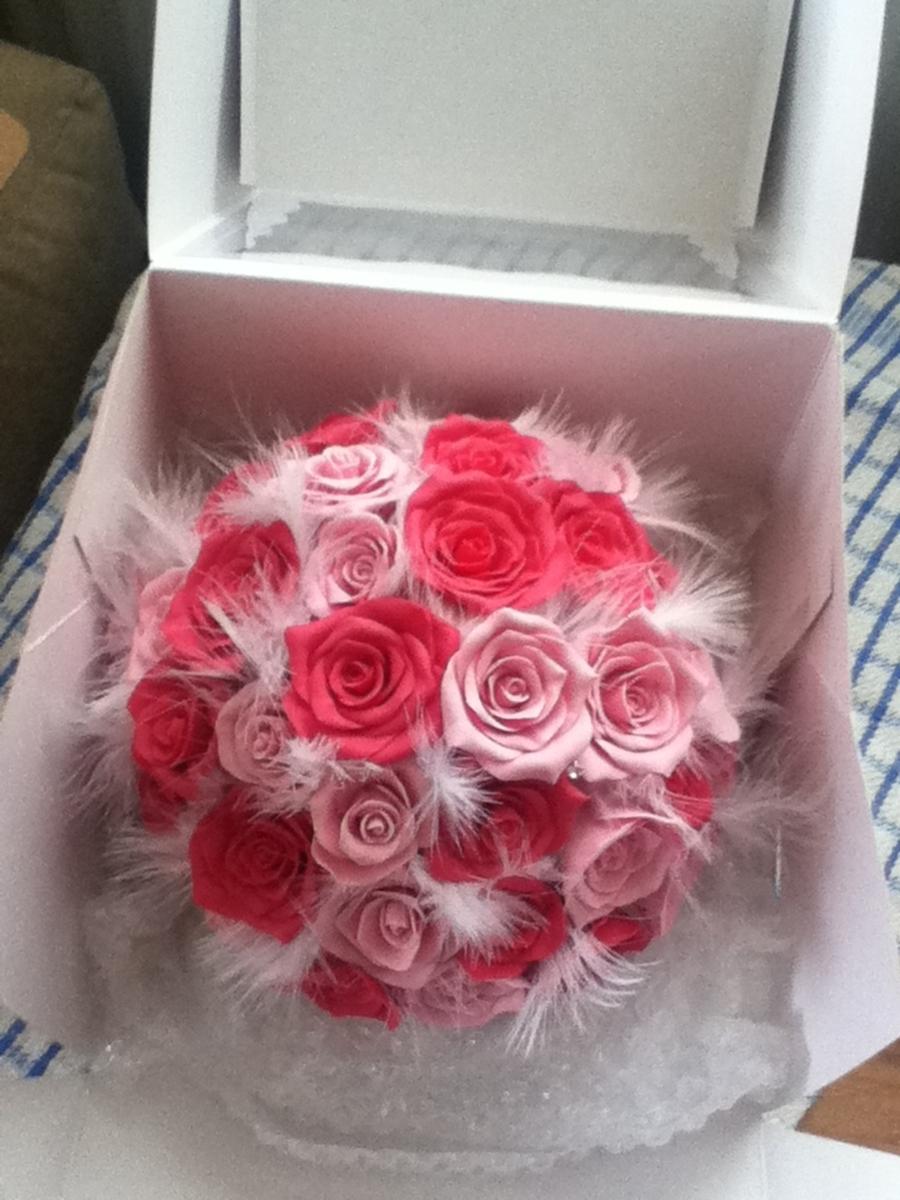 Edible Rose Cake Decoration : Edible Rose Wedding Boquet - CakeCentral.com