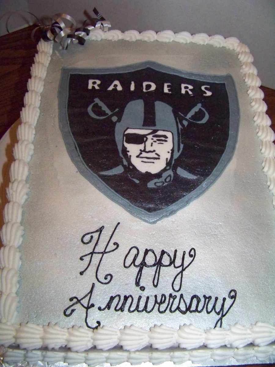 Raiders Cake on Cake Central