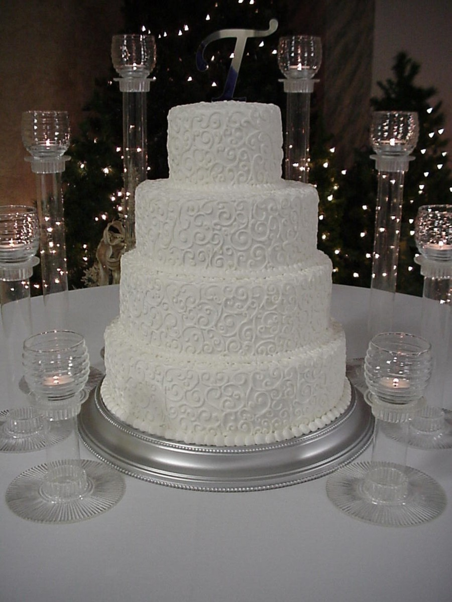 Wedding Cake Round All In White Buttercream Cakecentral Com