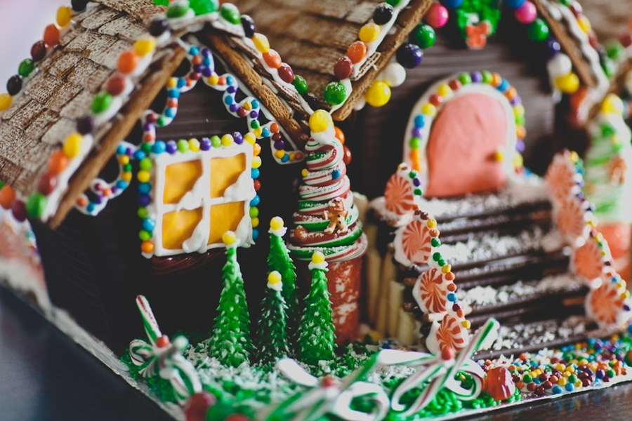 The Grinch Gingerbread House Cakecentral Com