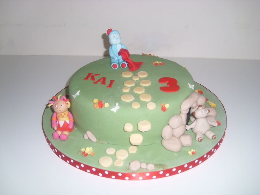 In The Night Garden Iggle Piggle - CakeCentral.com