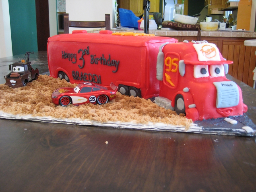 Mack From Cars  on Cake Central