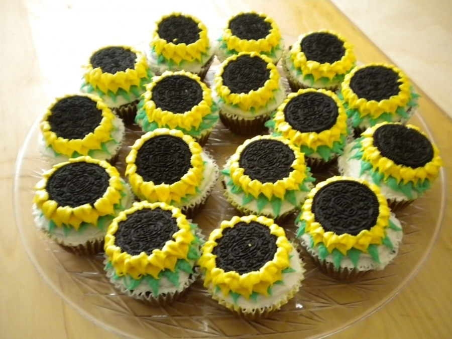 Sunflower Cupcakes on Cake Central