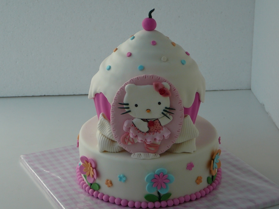 Giant Hello Kitty Cupcake on Cake Central