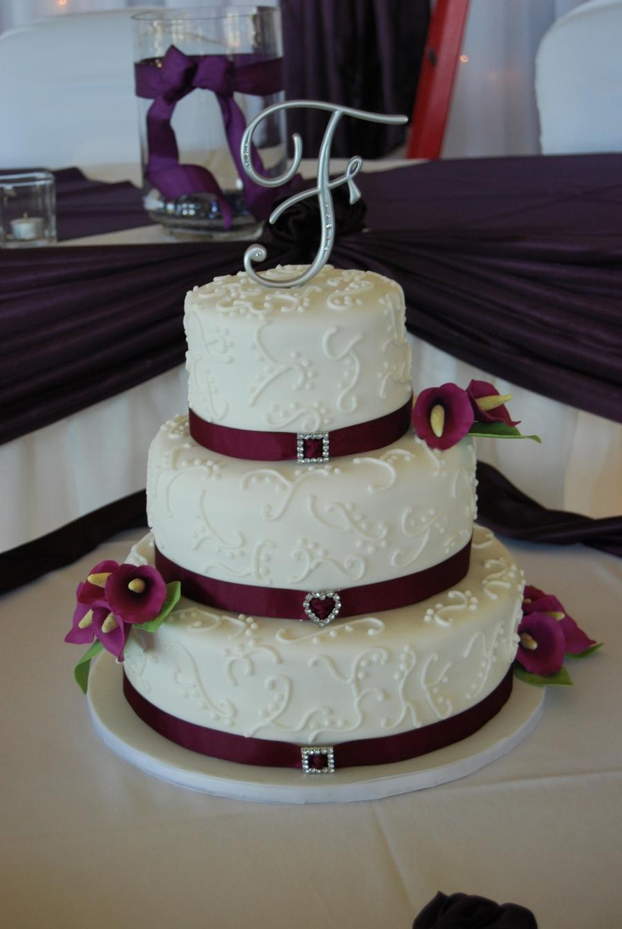 Lilies On A Wedding Cake