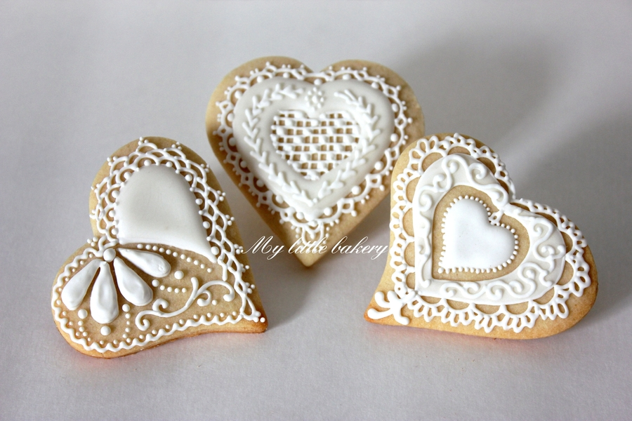 Valentine's Day - Wedding Cookie on Cake Central