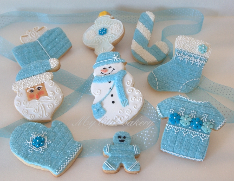 Blue Christmas Cookie Set on Cake Central