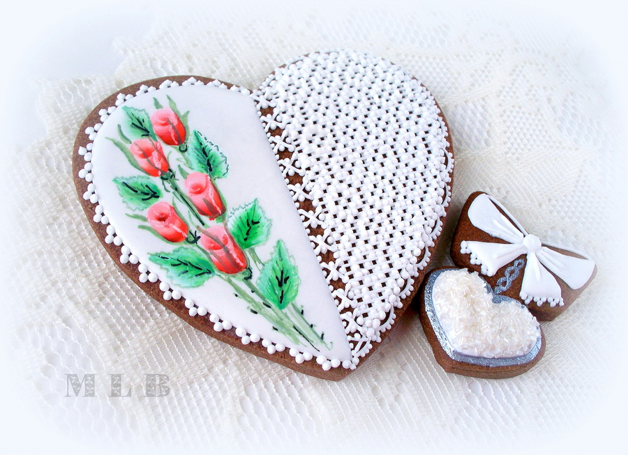 Lace Heart Cookie... on Cake Central