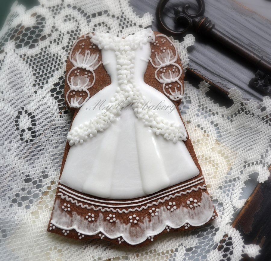 old fashioned wedding dress cookie. Black Bedroom Furniture Sets. Home Design Ideas