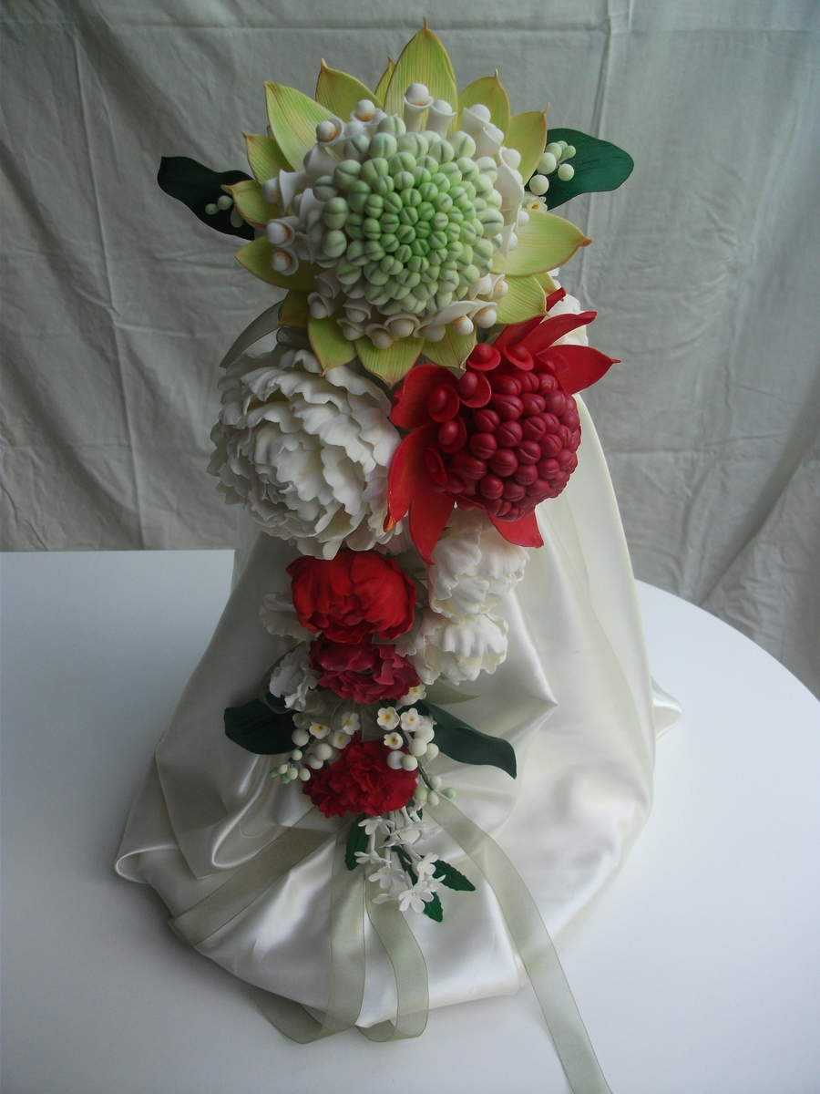 Arrangement Of Flowers on Cake Central
