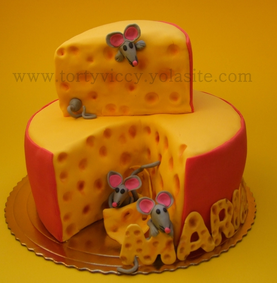 Cake Cheese With A Mouse on Cake Central