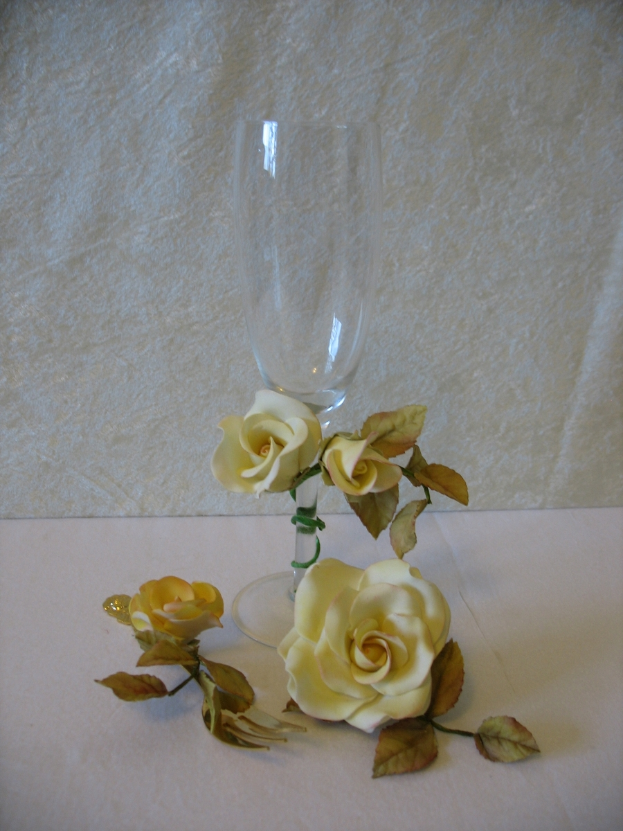 Gumpaste Roses On Champagne Glass on Cake Central