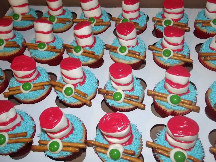 Cat In Hat - Green Eggs And Ham (Bacon) Cupcakes ...