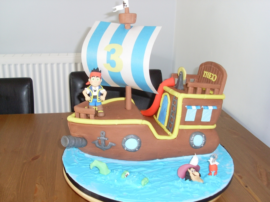 Bucky The Pirate Ship on Cake Central