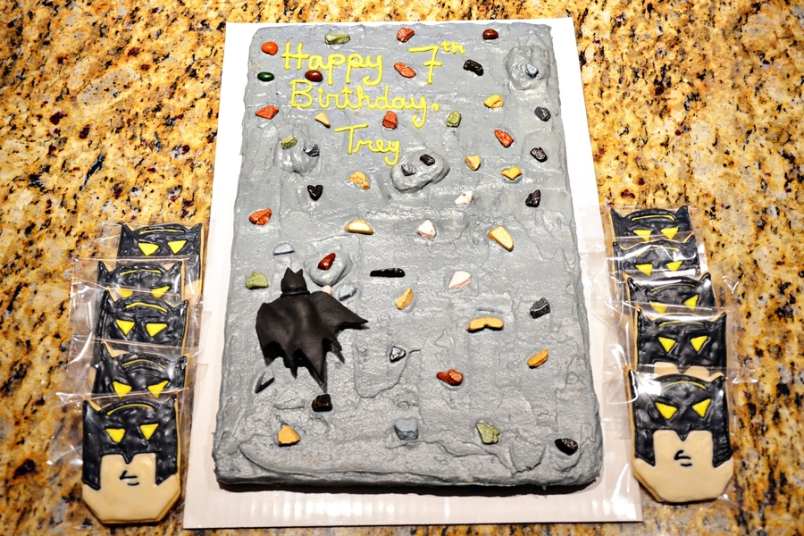 Batman On A Rock Wall on Cake Central