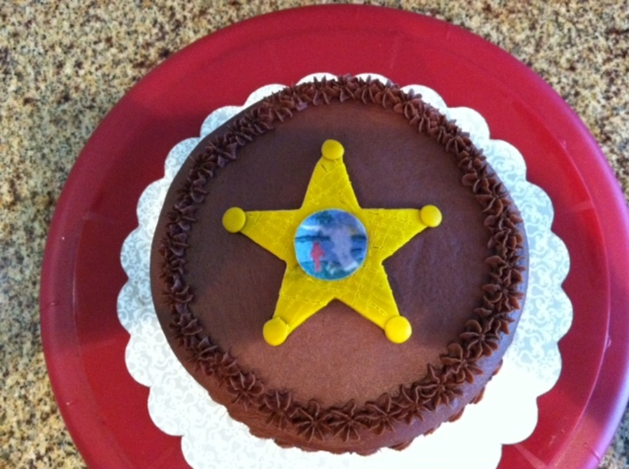 Sheriffs Star  on Cake Central