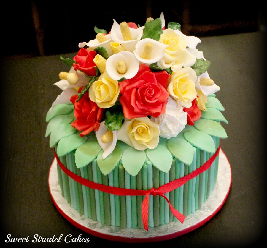 Birthday Cake With Flowers Bouquet