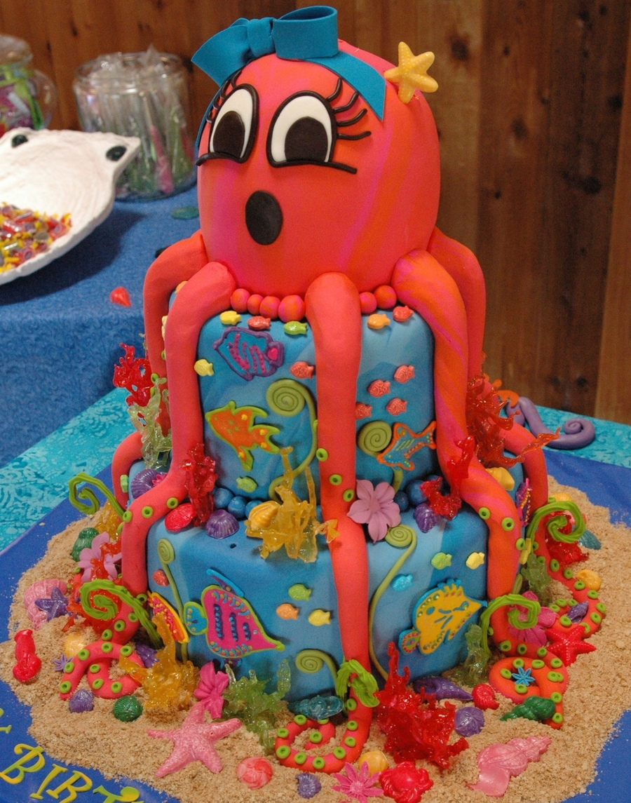 Under The Octopus on Cake Central