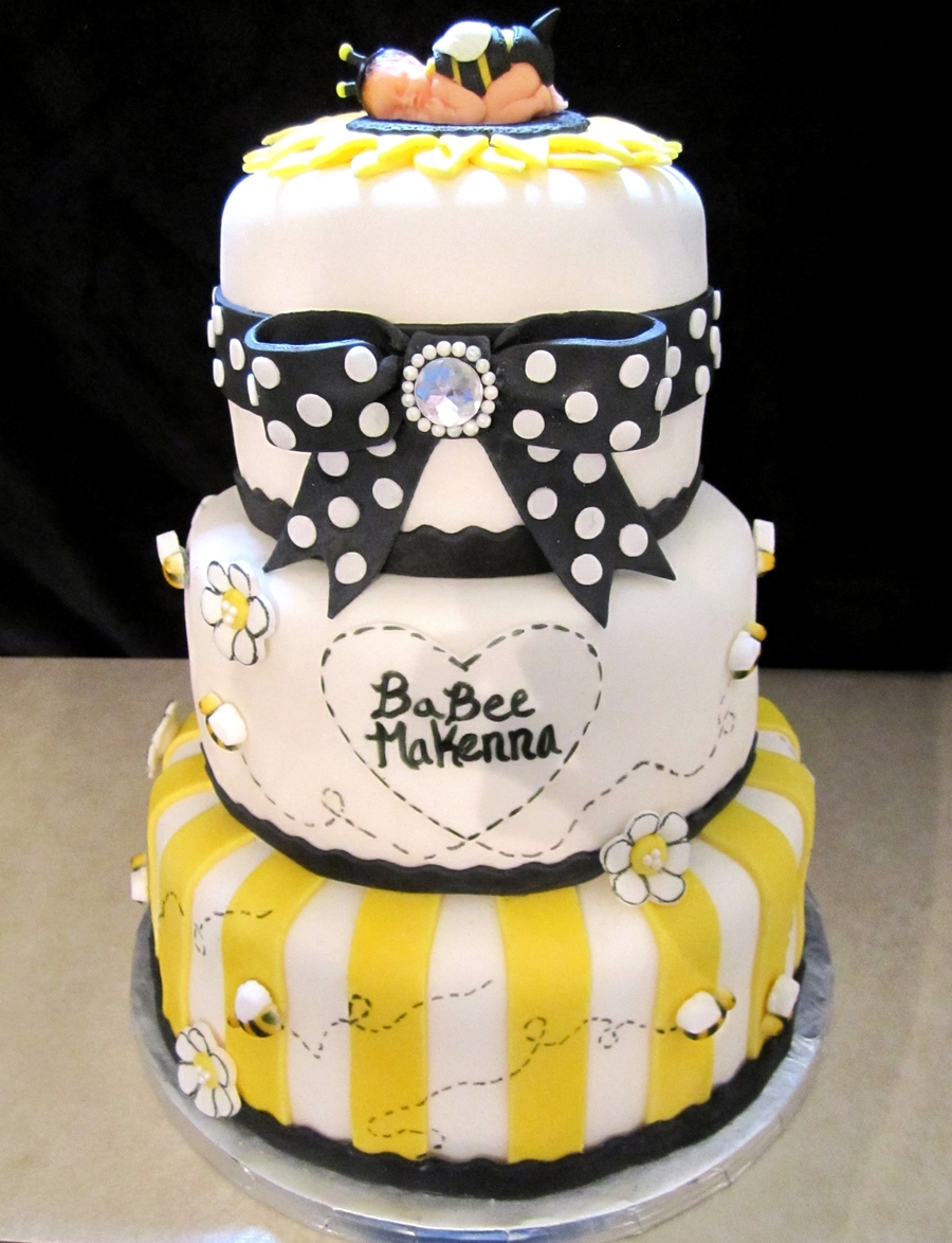 Babee Shower Cake Bee Bumble