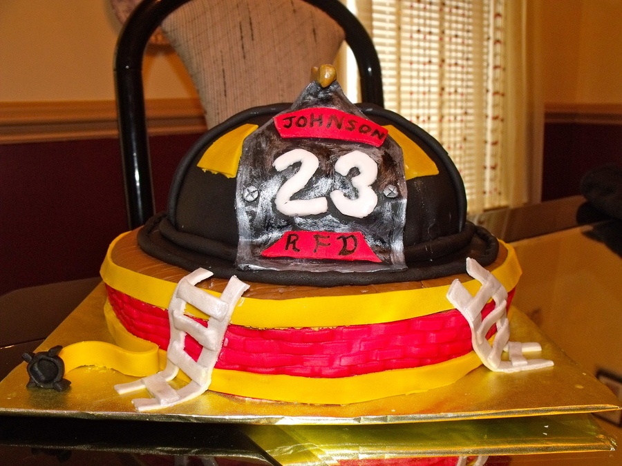 Excellent Fireman Birthday Cake Cakecentral Com Funny Birthday Cards Online Alyptdamsfinfo
