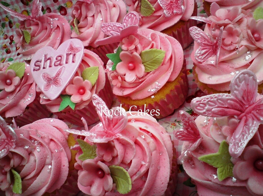 Pink, Swirly, Girlies  on Cake Central