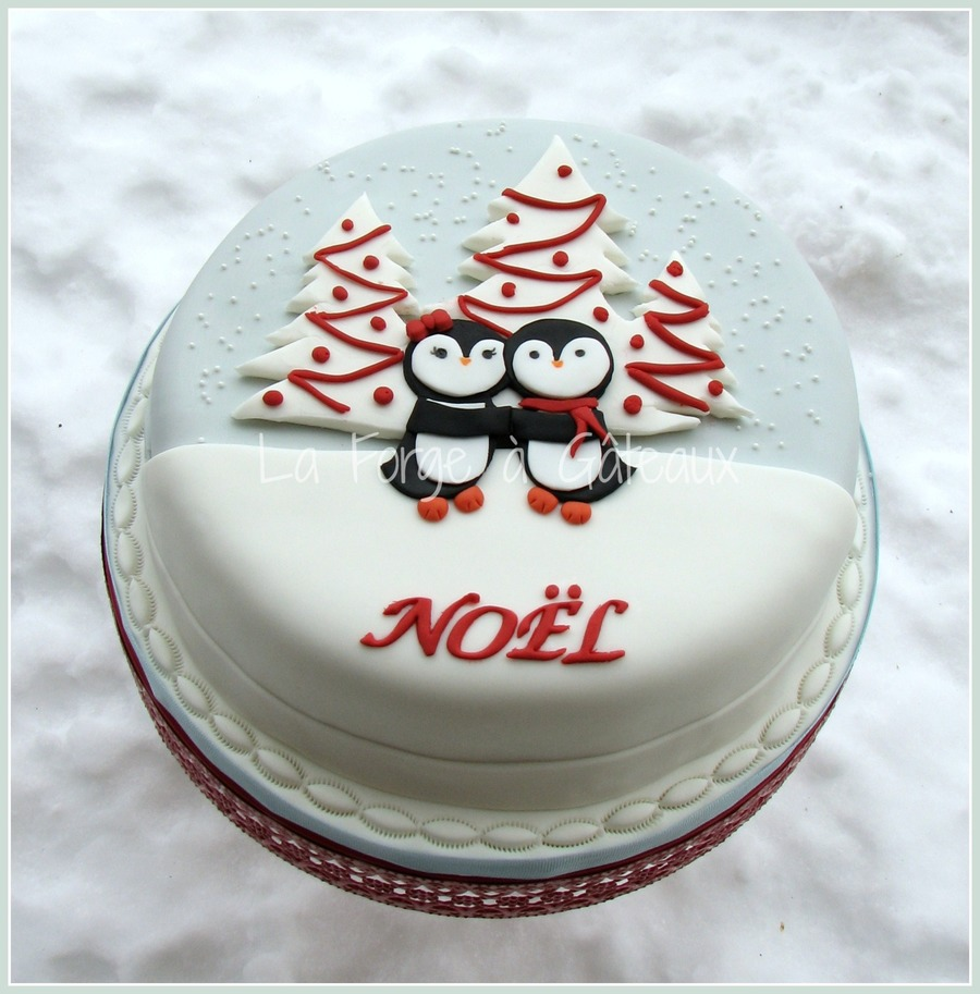 Penguins Lovers For Christmas  on Cake Central