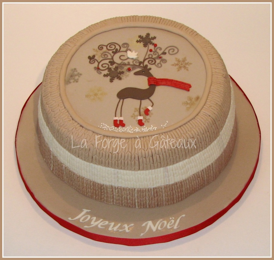 Reindeer In Wool on Cake Central