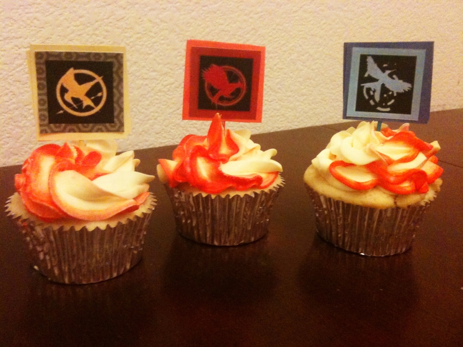 Hunger Games Cupcakes on Cake Central