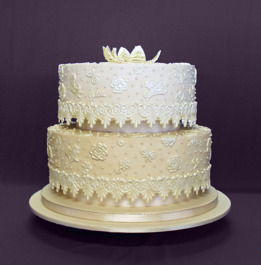 jackie brown wedding cakes jackie s vintage lace wedding cake cakecentral 16561