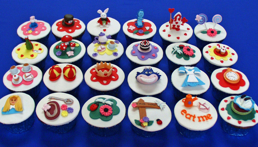 Alice In Wonderland Birthday Cupcakes on Cake Central