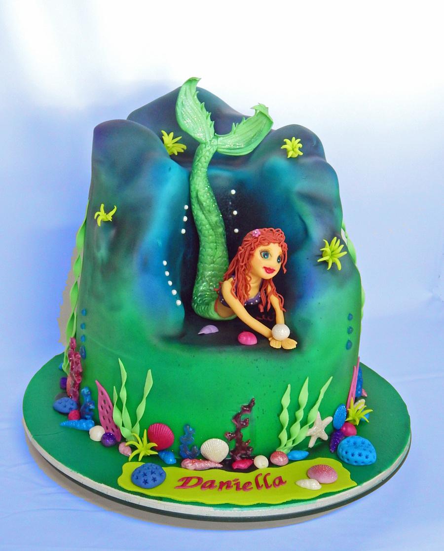 Birthday Cake Ariel Mermaid