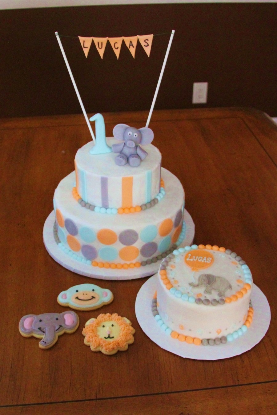 Zoo Animals Birthday Cake Personal Baby And Matching Cookies For A First Party Cakes