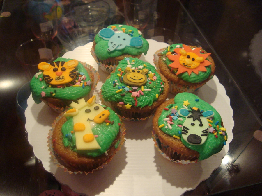 Jungle Themed Cupcakes on Cake Central