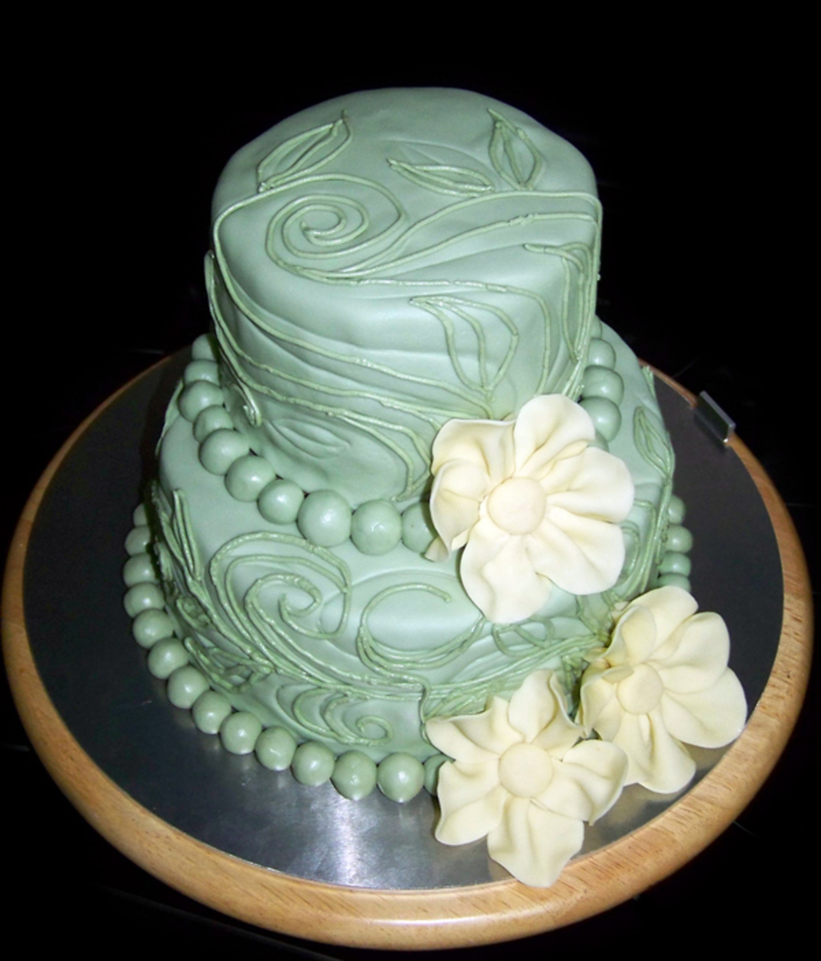 Green Vines And Leaves - CakeCentral.com