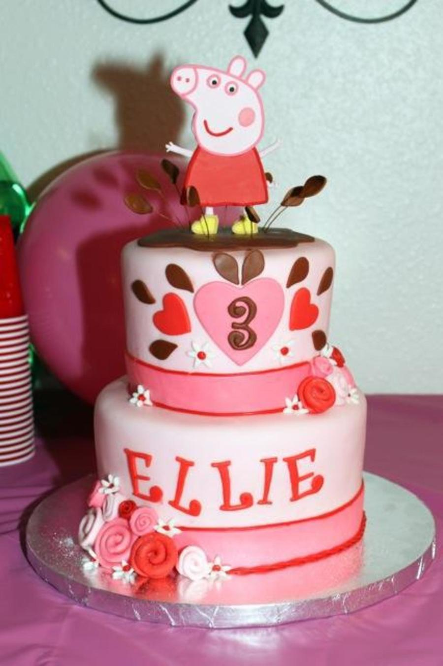 Peppa Pig St Birthday Cake