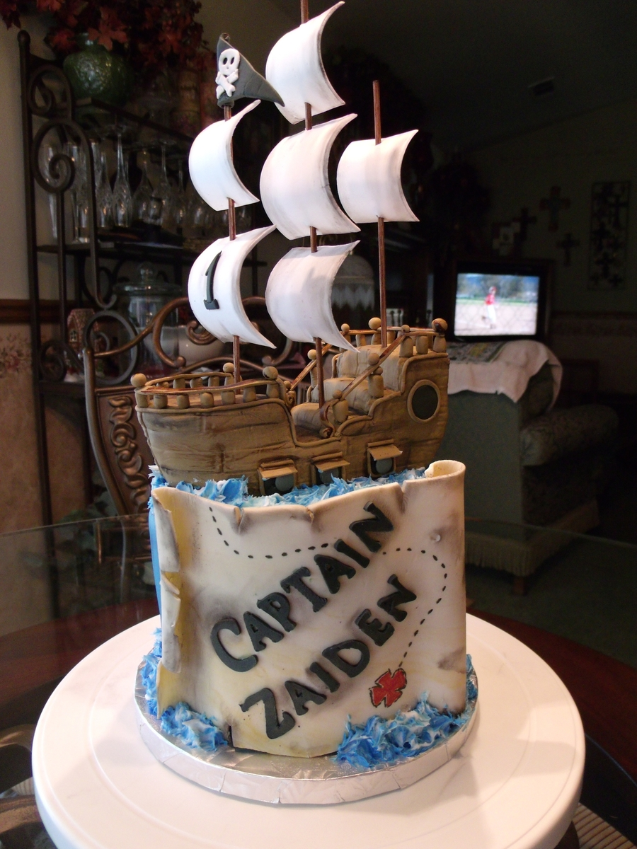 Zaiden S 1st Birthday Pirate Cake Cakecentral Com
