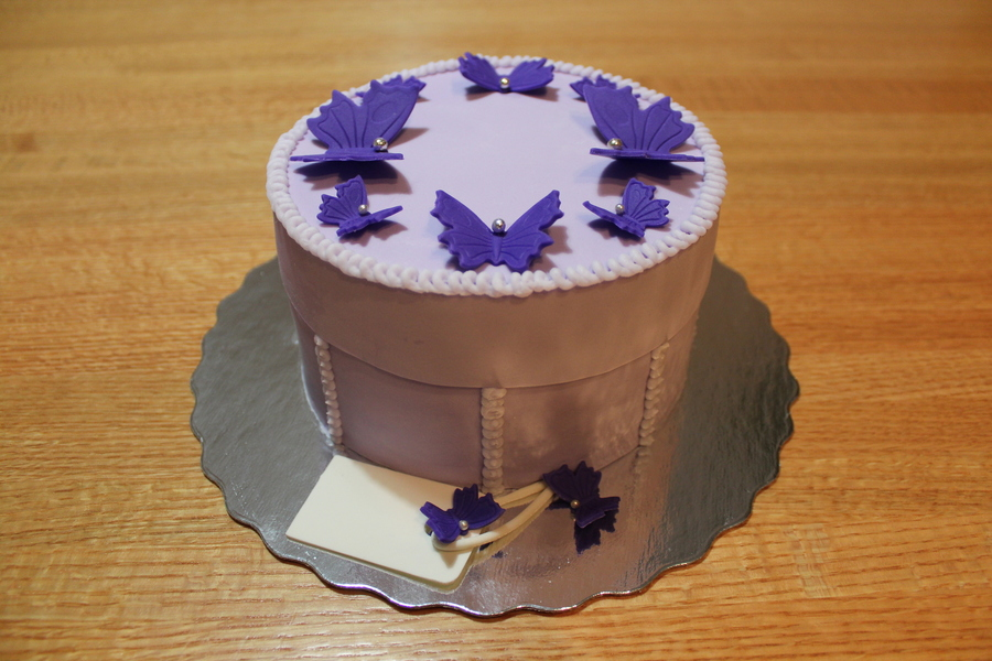 Lavender Hatbox Cake on Cake Central