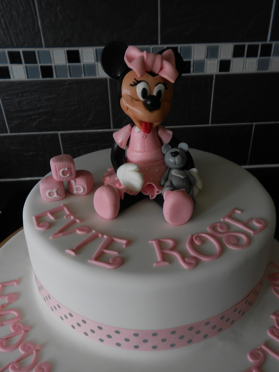 Baby Minnie on Cake Central