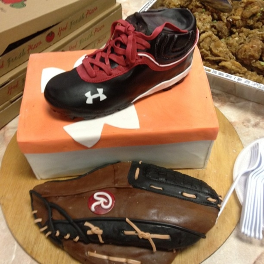 Little League Baseball Shoe And Glove on Cake Central
