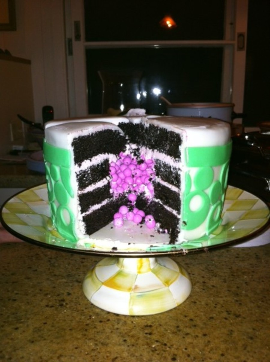 Pleasant 29Th Birthday Cake With A Surprise Inside Cakecentral Com Funny Birthday Cards Online Amentibdeldamsfinfo