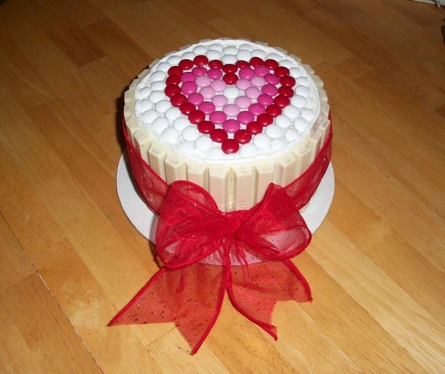 white kit kat cake cakecentral com