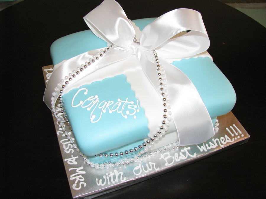 Tiffany's Box  on Cake Central