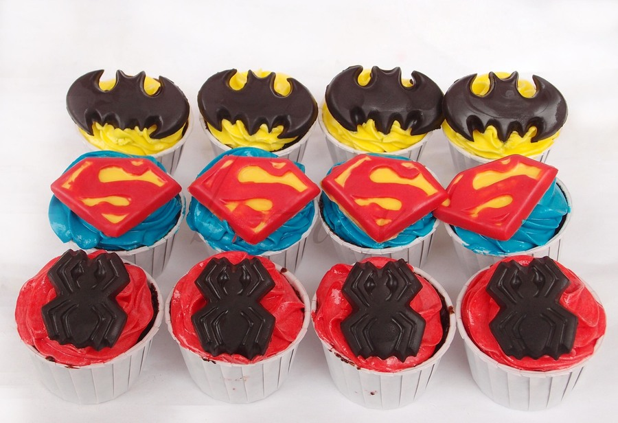 Superhero-Themed Cupcakes on Cake Central