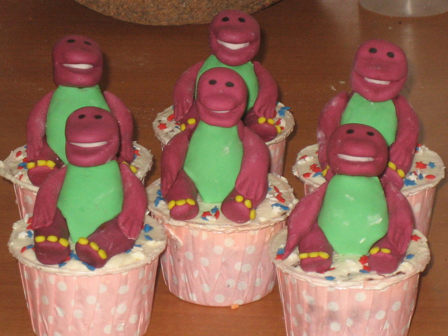 Barney  on Cake Central
