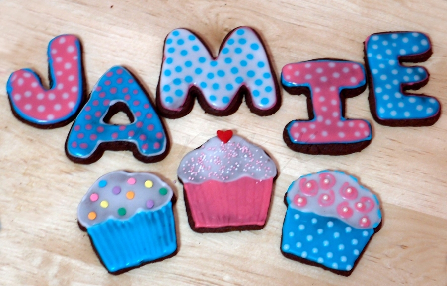 Cupcakes For Jamie on Cake Central
