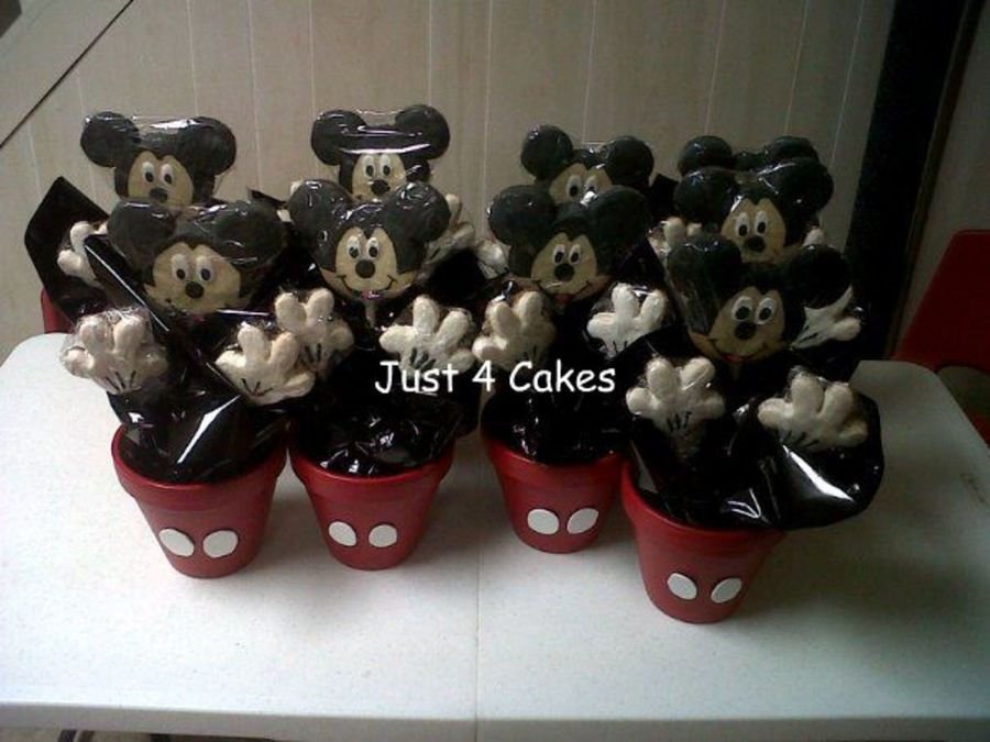 Mickey Cookies on Cake Central