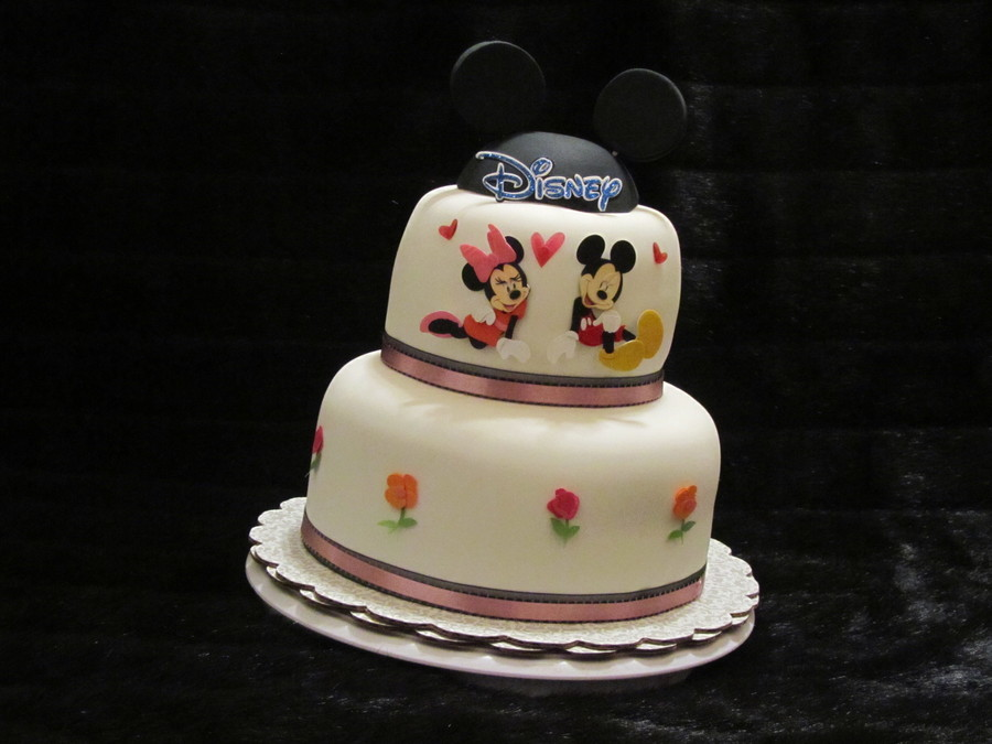 Minnie Amp Mickey Cake on Cake Central