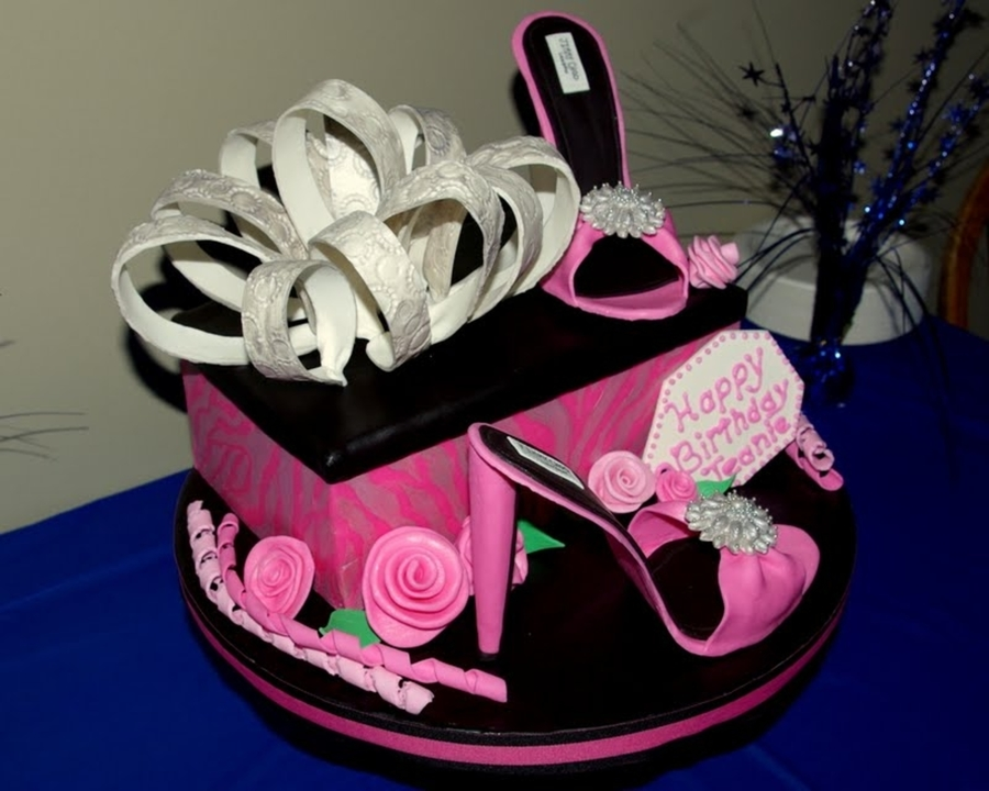 Shoebox High Heels Birthday Cake CakeCentralcom